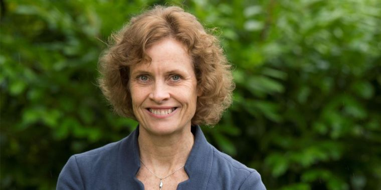 Photo of Susan Jebb