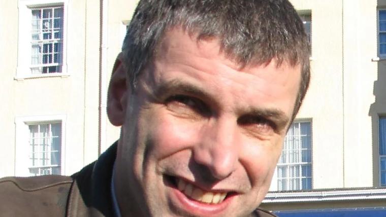An image of Professor Peter Simmonds