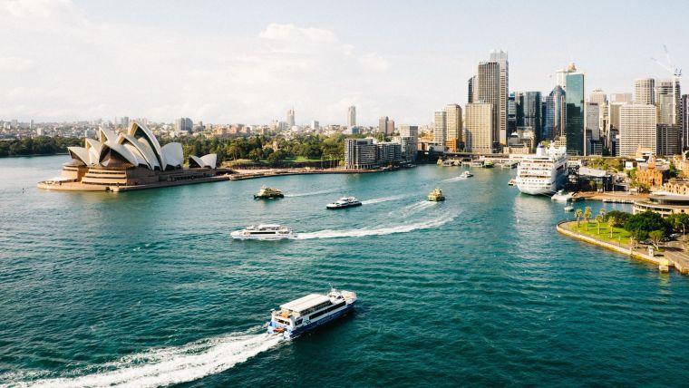 Aerial photo of Sydney harbour, Australia