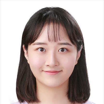 Selene Lee