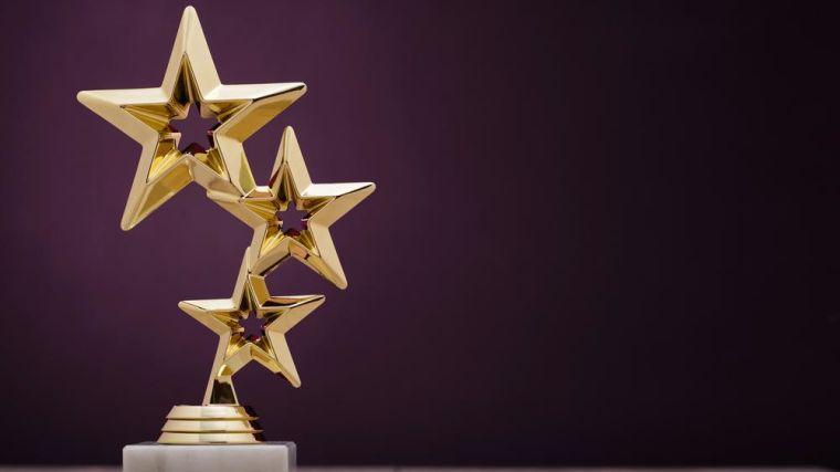 award with three stars