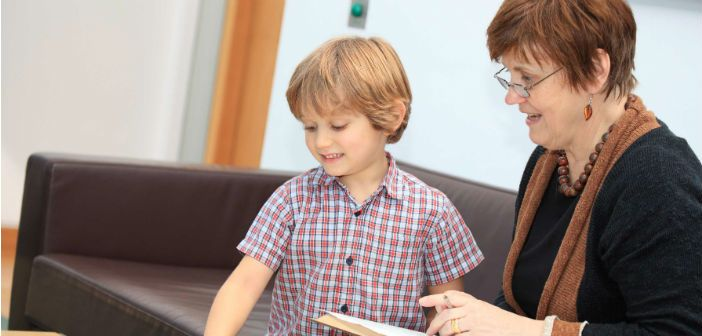 We study the nature and causes of communication difficulties in children, especially Specific Language Impairment.