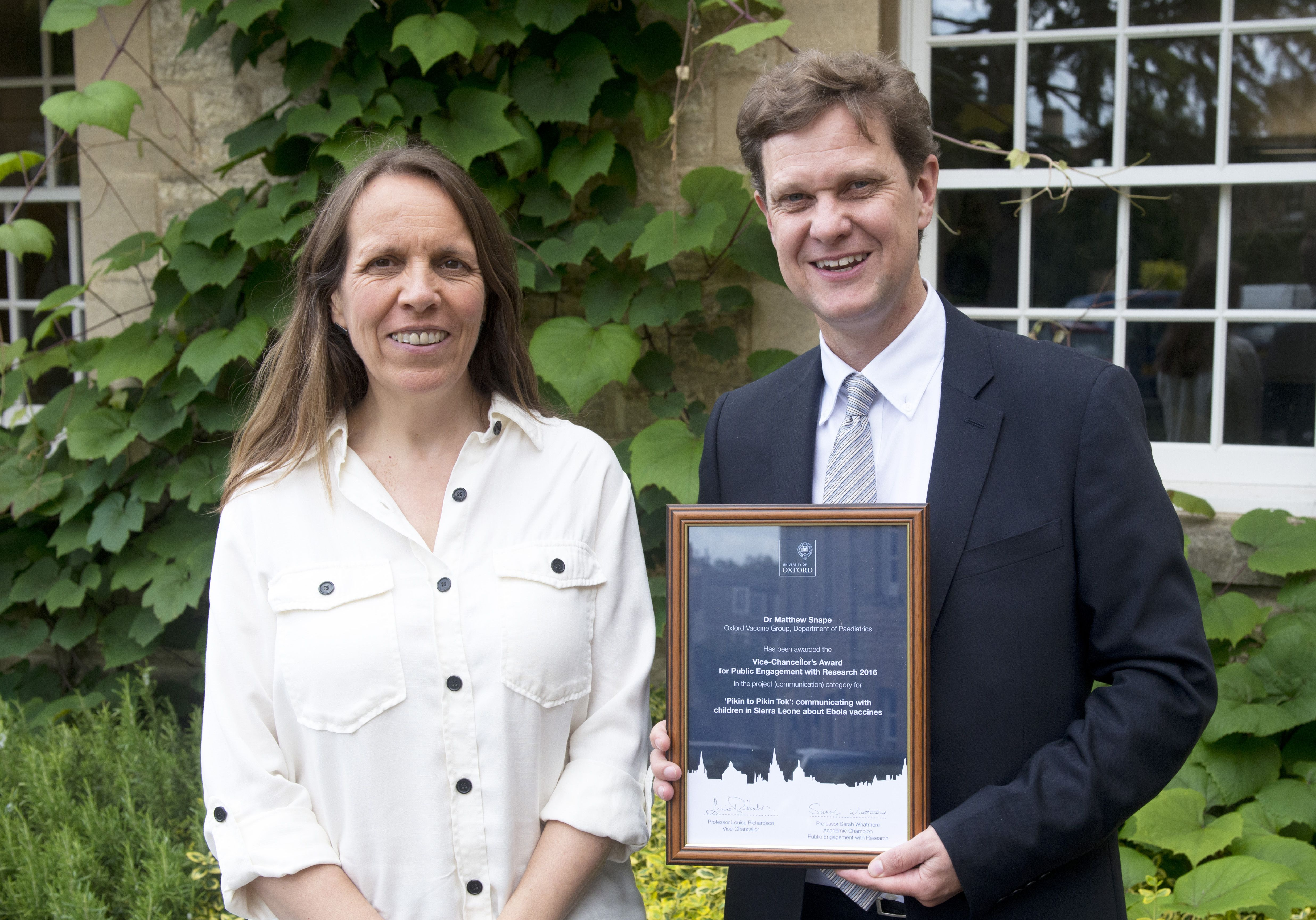 Dr Matthew Snape wins prize for engaging the public