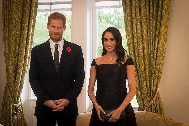 Меган Маркл жалеет о переезде в США, а принц Гарри скучает по родине и семье
