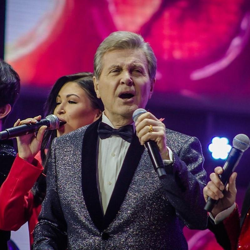 Лев Лещенко пошёл на поправку после слухов об отёке лёгких