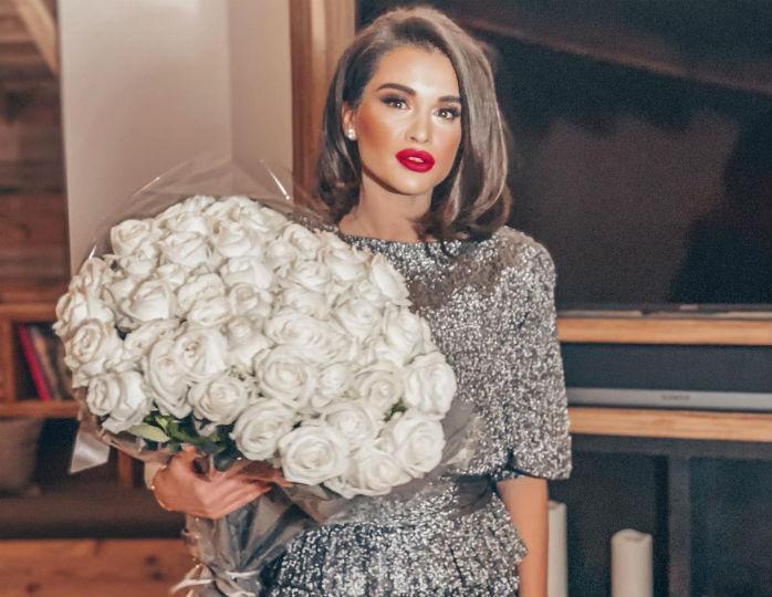 «Красивые и счастливые»: Бородина оделась в одном стиле с мужем на отдыхе в Куршевеле