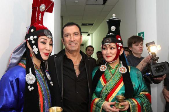 Басков пообещал Буйнову незабываемый праздник
