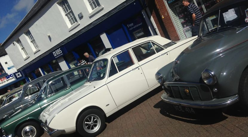 Classic car show comes to Bedworth this weekend