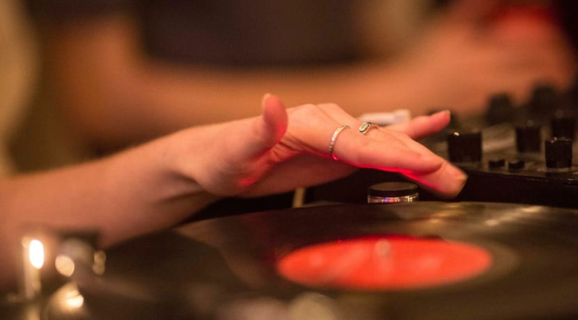 New Birmingham Venue And Vinyl Bar Opens Doors To Music