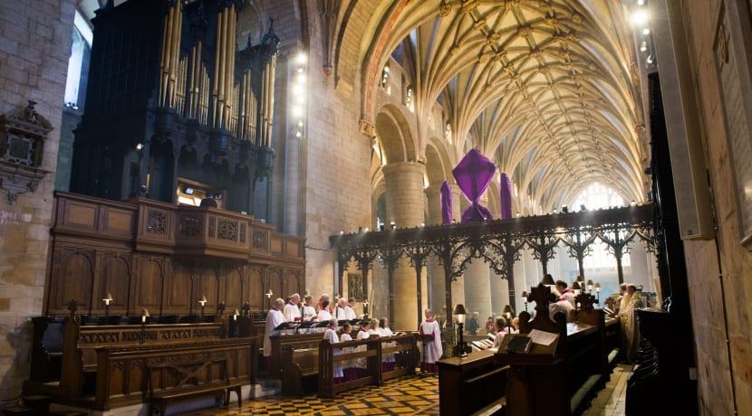 Tewkesbury Abbey hosts award-winning chamber choir