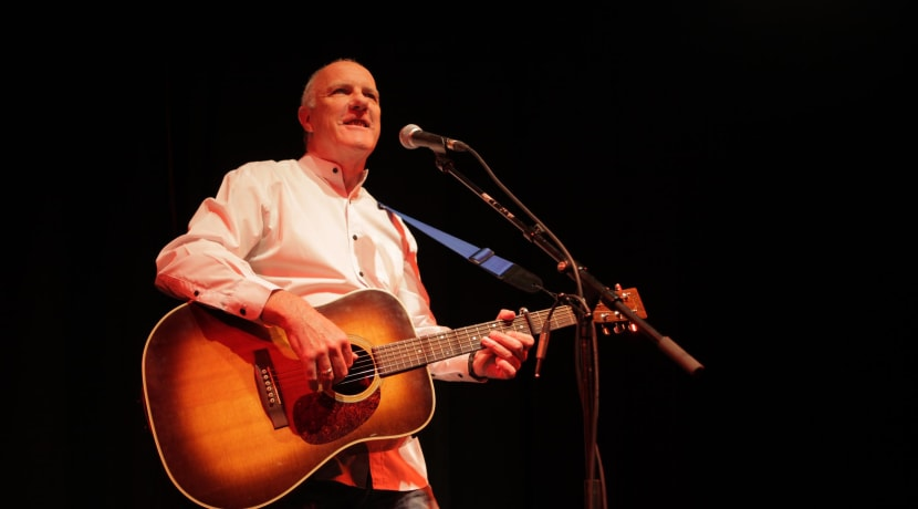 Popular folk singer to perform intimate gig in Bewdley
