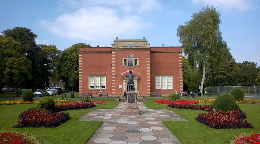 Keep a diary about Life in Lockdown for Nuneaton Museum and Art Gallery