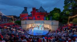Royal Shakespeare Company opens new outdoor garden theatre