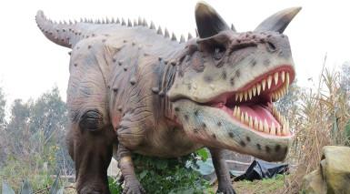 Dinosaurs to roam free at Birmingham Botanical Gardens
