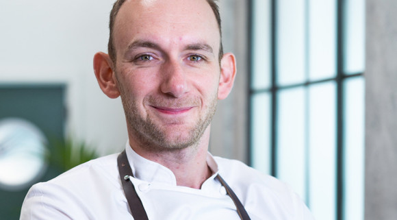 Shropshire chef Stuart Collins wins central region of Great British Menu