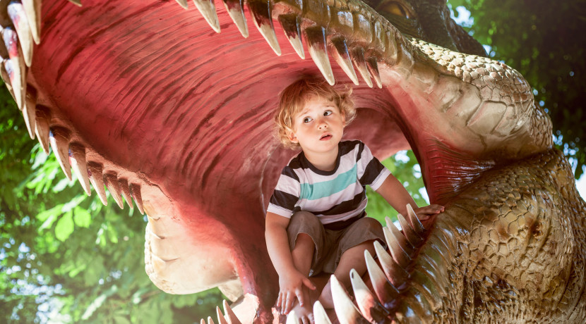 Free interactive dinosaur shows at Merry Hill this August