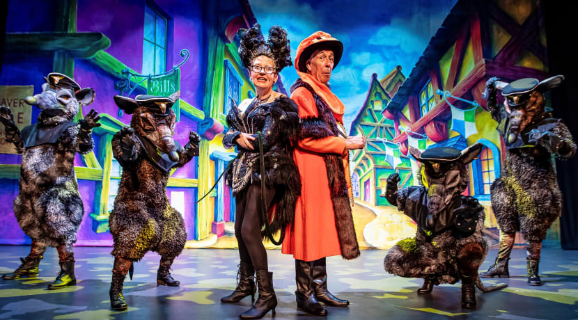Grand Theatre launches panto with stars Su Pollard and Jeffrey Holland