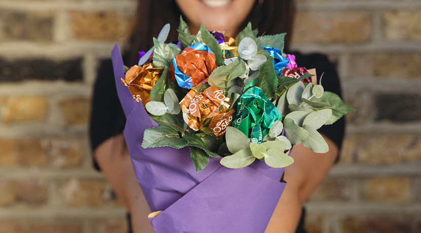Cadbury Roses brings free Thanks A Bunch flower cart to Birmingham