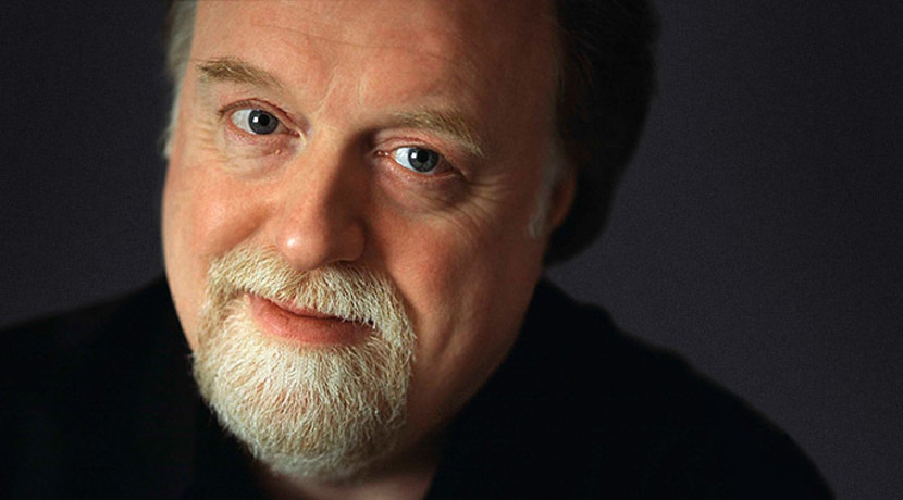 Musical patron, Peter Donohoe CBE, performs with the Warwickshire Symphony Orchestra