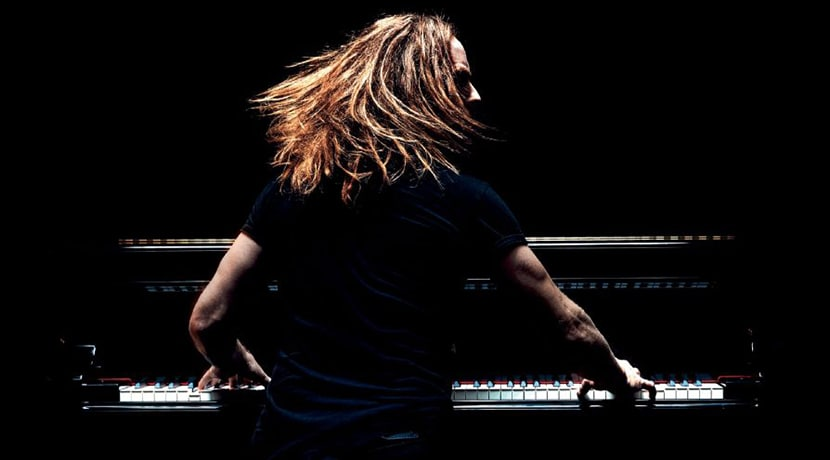 Tim Minchin: Back