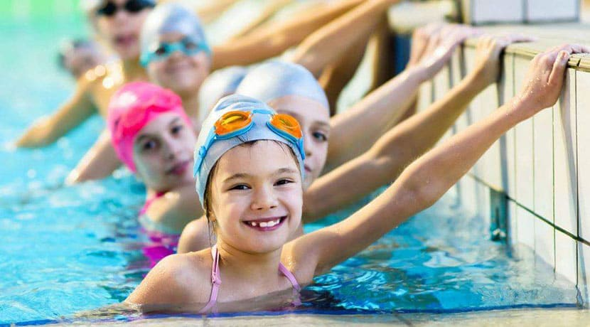 Free swimming for Dudley children this half term
