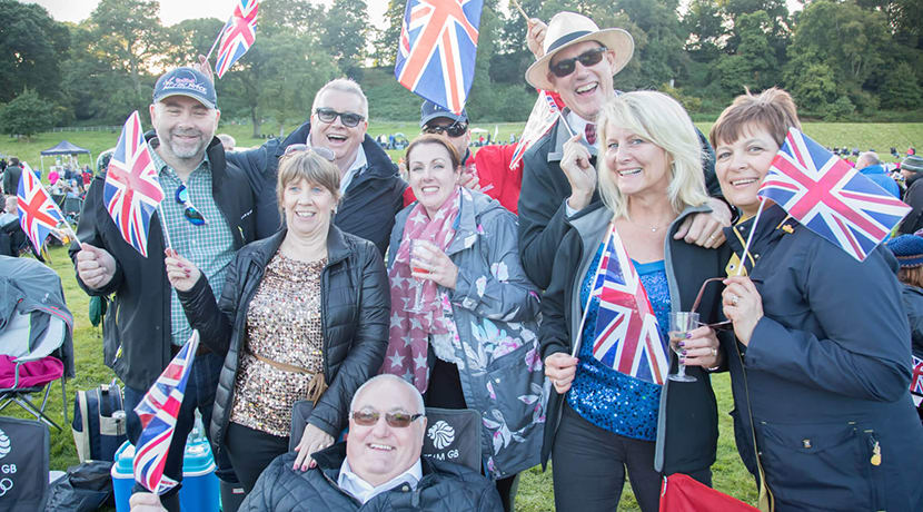 Proms & Prosecco in the Park