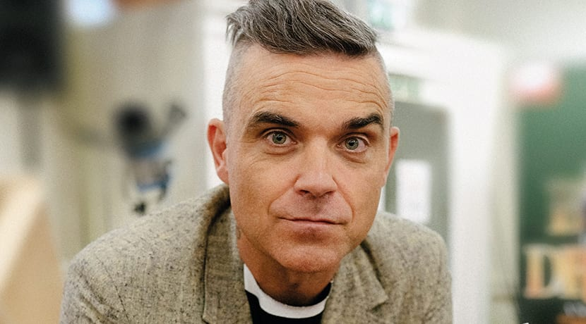 Robbie Williams pays surprise visit to The Boy In The Dress rehearsals