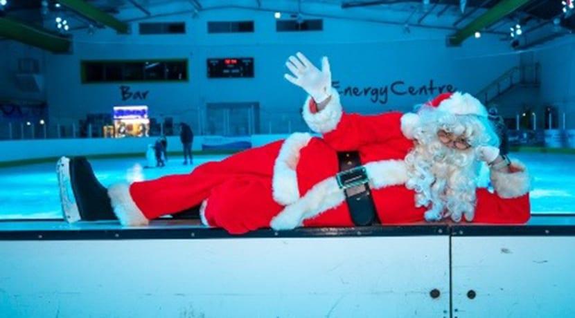 Santa gets his skates on at Telford Ice Rink