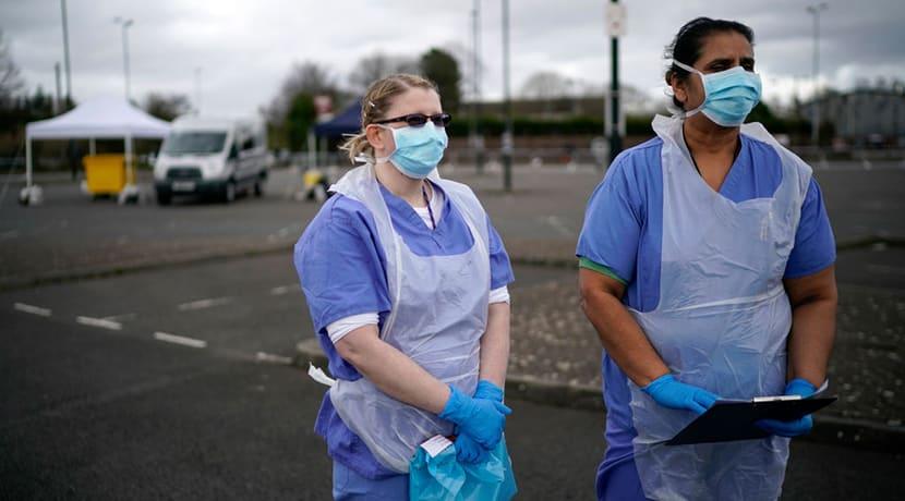 20,000 ex-staff return to the NHS to help fight coronavirus
