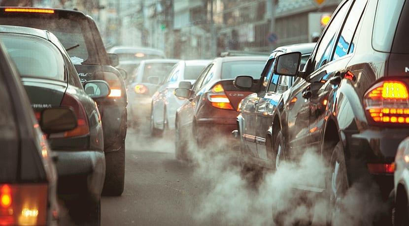 Air pollution plummets across UK amid lockdown
