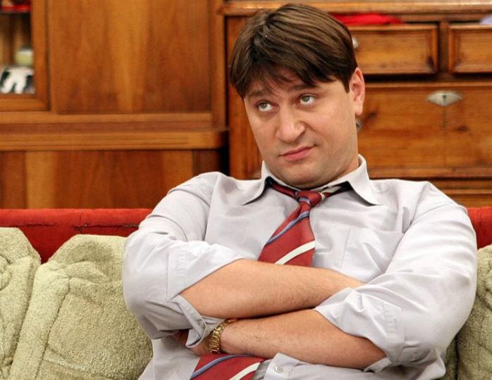Звезда сериала «Счастливы вместе» Виктор Логинов преобразился до неузнаваемости