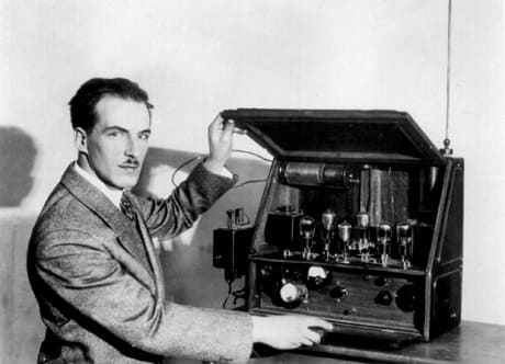 Amazing Science Behind The First Musical Instrument Theremin