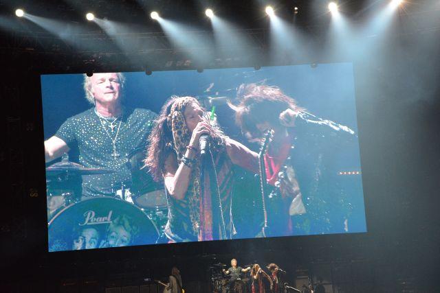 Концерт Aerosmith в Москве перенесли из-за коронавируса