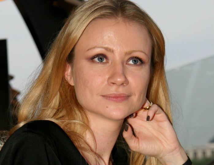 «Копия Андрея Александровича»: Миронова очаровала подписчиков детским снимком