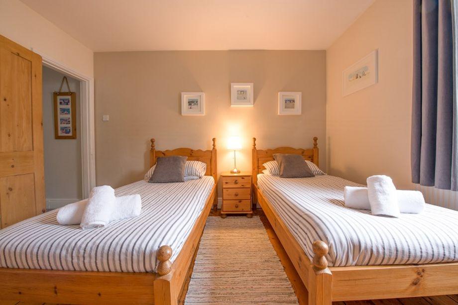 1st floor comfortable twin bedroom