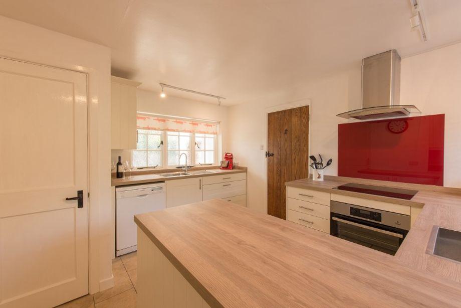 Stylish newly fitted kitchen