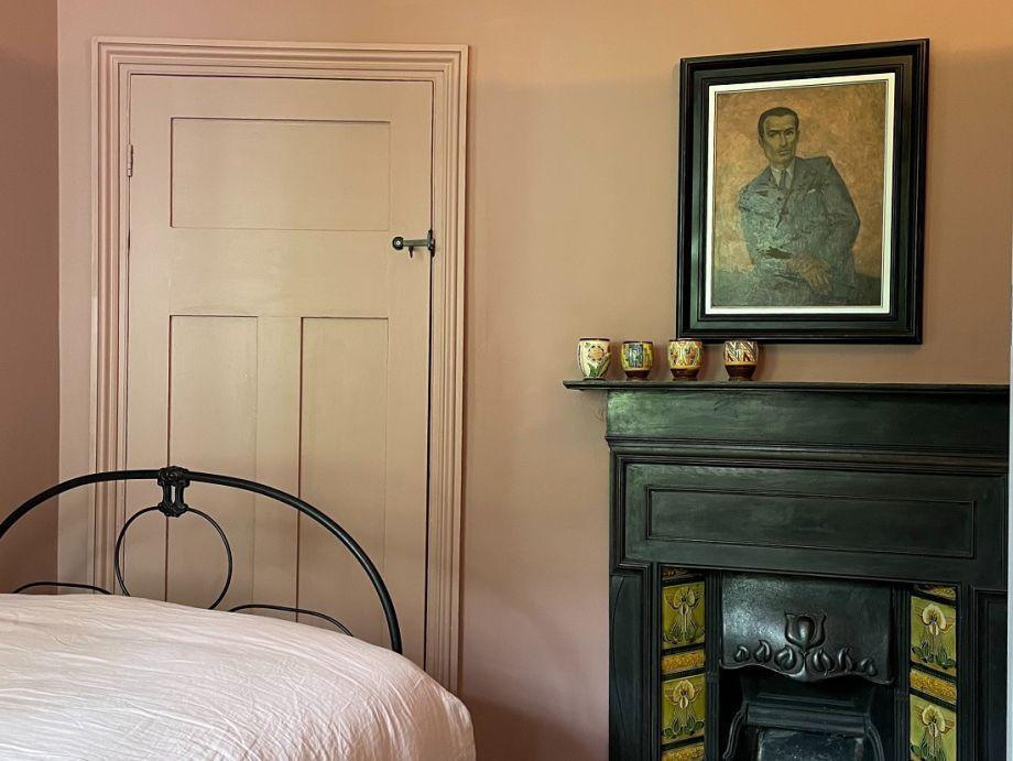 Bedroom (temporary photo)