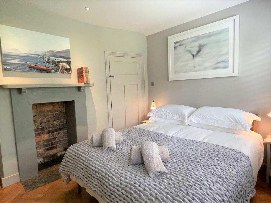 Tastefully furnished double bedroom