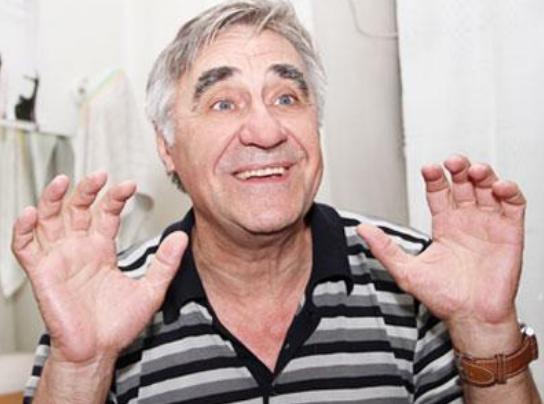 «Состарился и похудел»: Звезда «Сватов» Анатолий Васильев заставил переживать поклонников