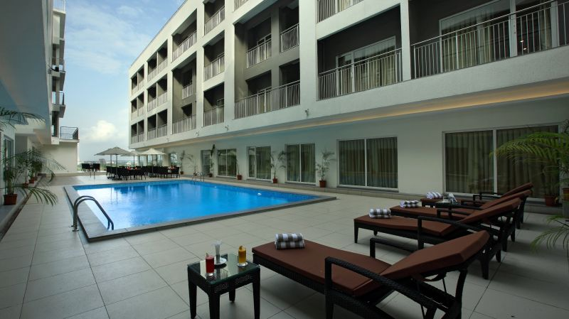 Kochi Suites with central pool