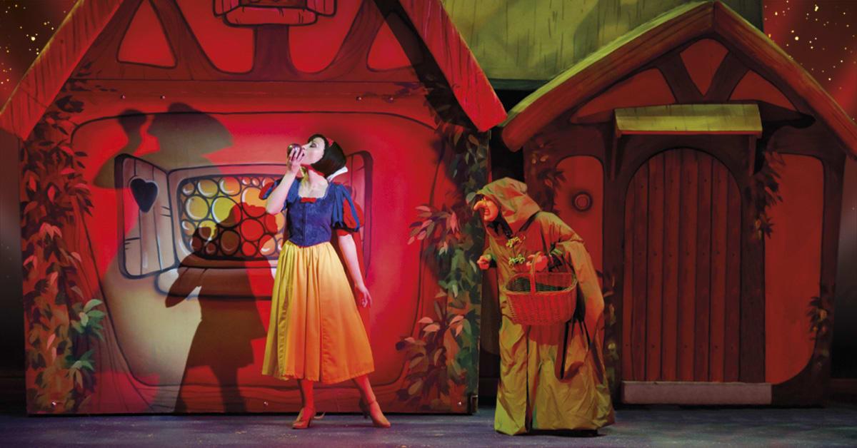 Snow White (Sunderland) Prod Shot