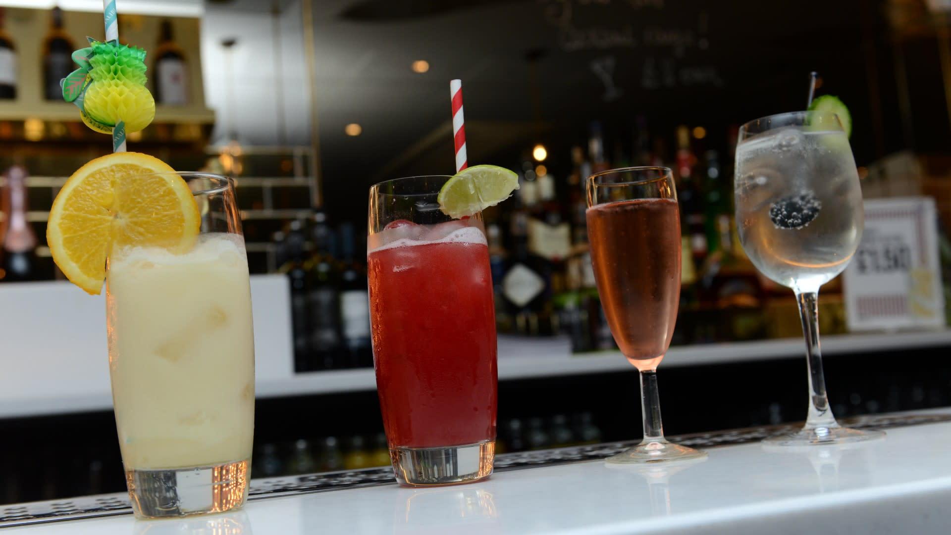 Cocktail Masterclass Prod Shot