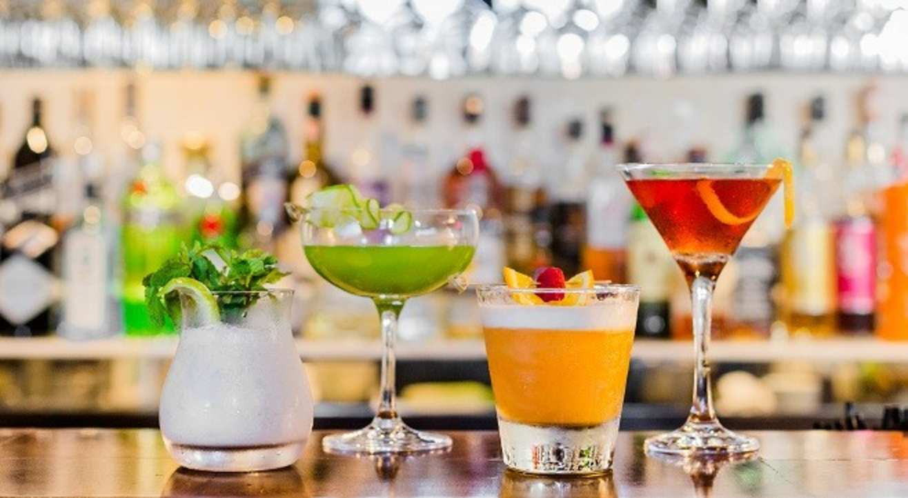 Cocktails 101: An Introduction to the Art of Crafting Drinks