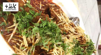 The One With Kaju Chicken & Green Mutton Pulao