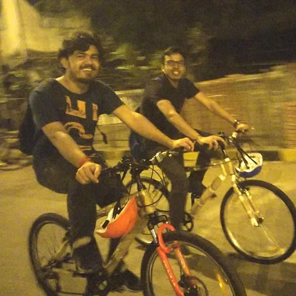 Night cycling across Mumbai? Why, yes!