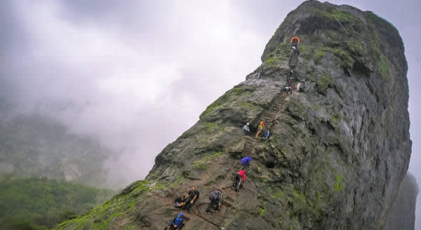 A challenging fort: Harihar