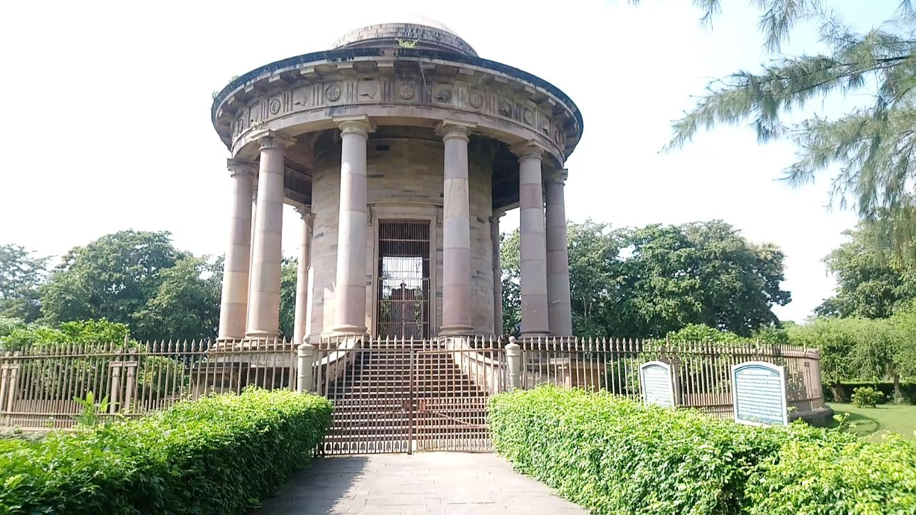 Lord Cornwallis' Tomb, Ghazipur