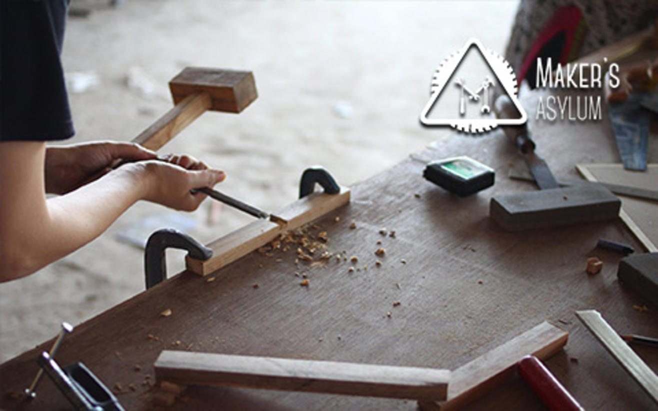 book tickets to knocking on wood carpentry class