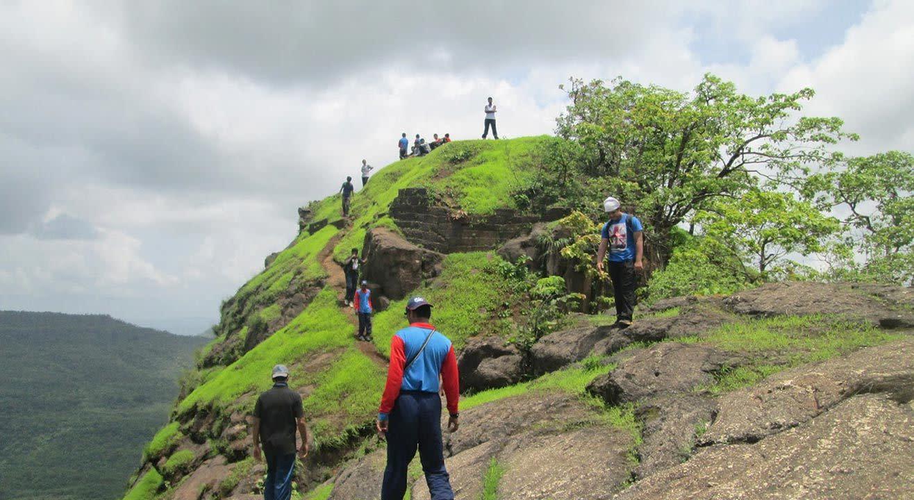 One Day Monsoon Dense Jungle Trek To Songiri Fort - Palasdari Fort