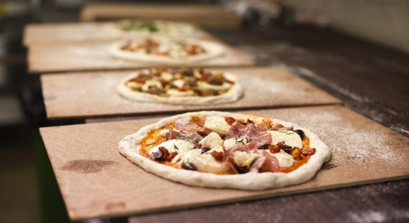 Pizza Napoletana With Team Mag Street